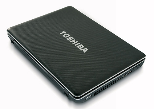 Toshiba Satellite L670D 01