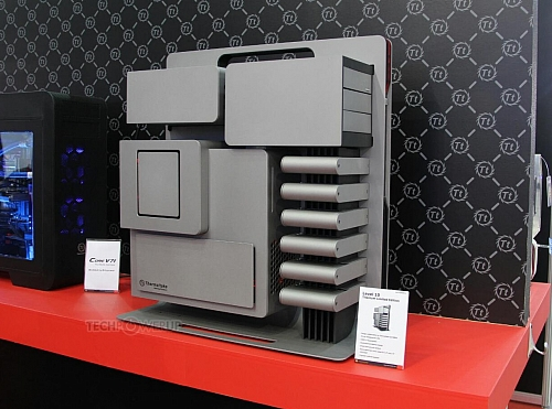 Thermaltake Level 10 Titanium (Zdroj: techPowerUp)