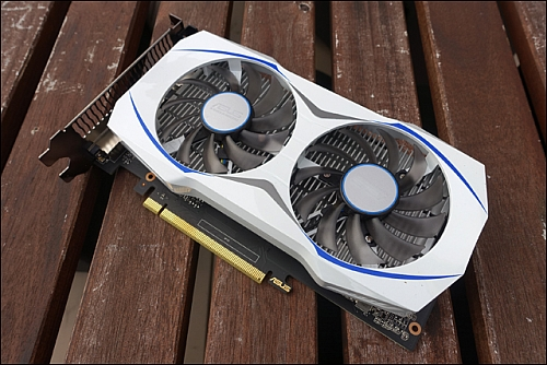 Asus GeForce GTX 1050 Ti Dual (Zdroj: Hardware Canucks)