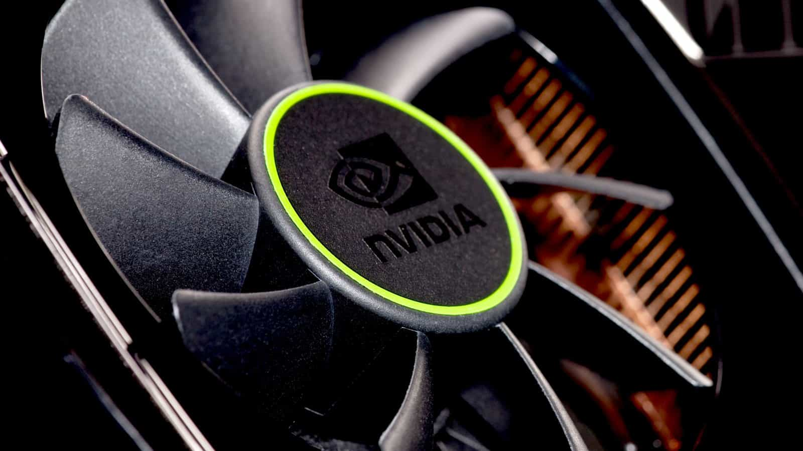 nvidia-geforce-gtx-590-detail-1600