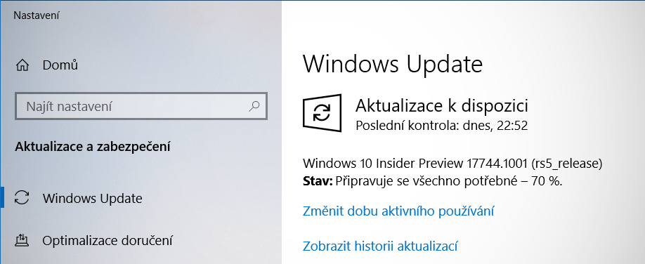 Windows 10 Insider Preview build 17744 je k dispozici