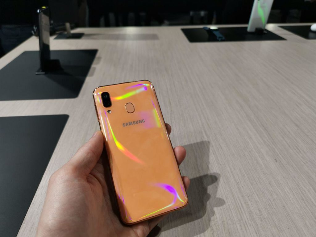 Galaxy A40 hands on