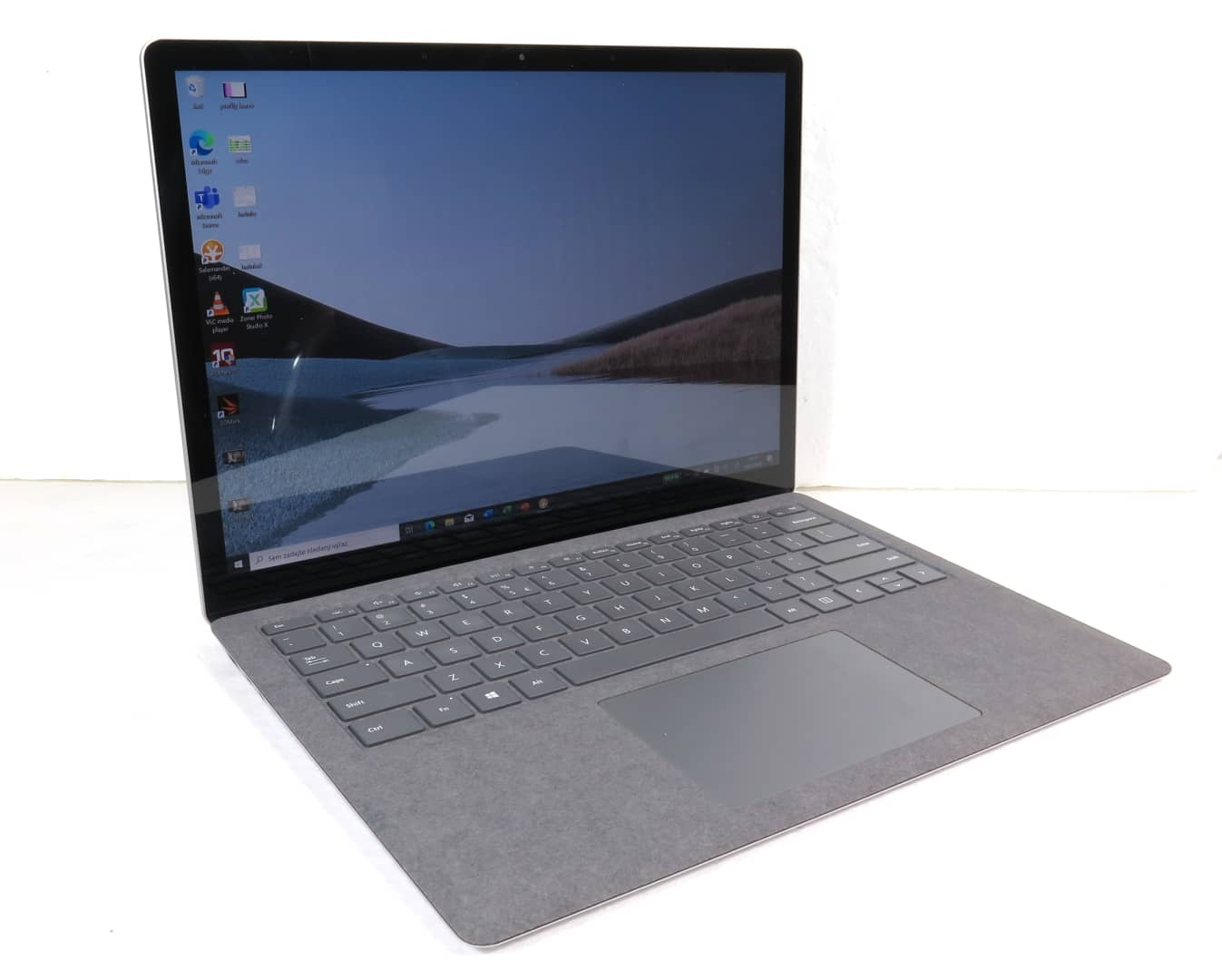 Microsoft Surface Laptop 3 recenze1