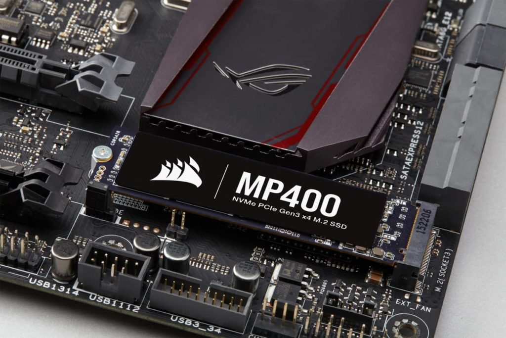 Corsair Force MP400 03