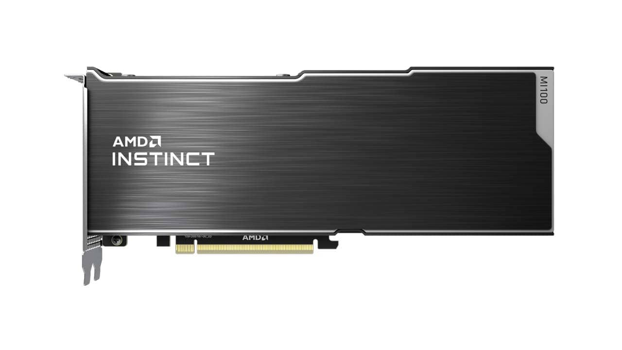 AMD Instinct MI100 s architekturou CDNA 01